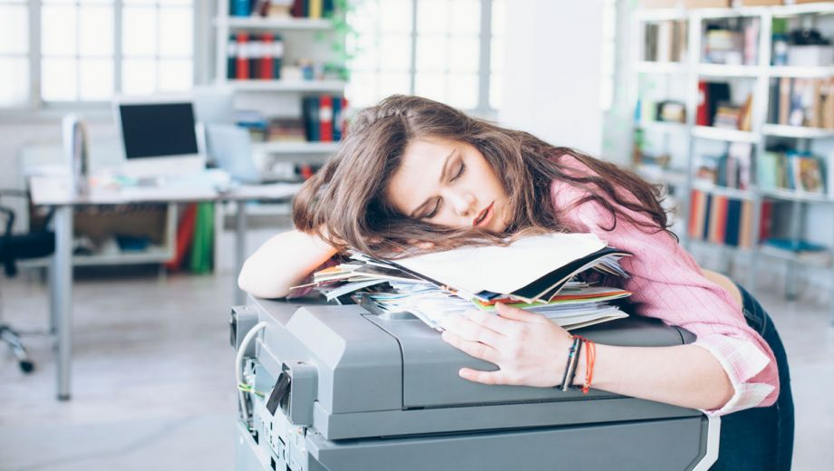 istock 89061045 large - NARCOLEPSY WHAT DOES IT MEAN AND HOW TO DEAL WITH IT FALLING ASLEEP IN DAYTIME