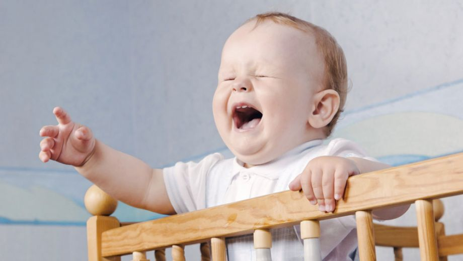 istock 000014547053 large 1 - My baby sleeps badly, what should I do?